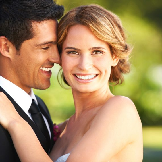 Beautiful-smiling-bride-groom-web